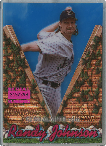 2000 Pacific Invincible Holographic Purple #8: Randy Johnson